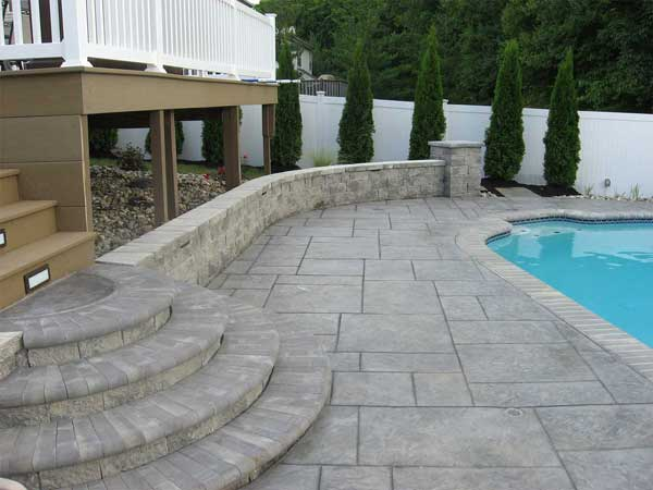 Get hassle-free estimates from local concrete professionals for your concrete project.