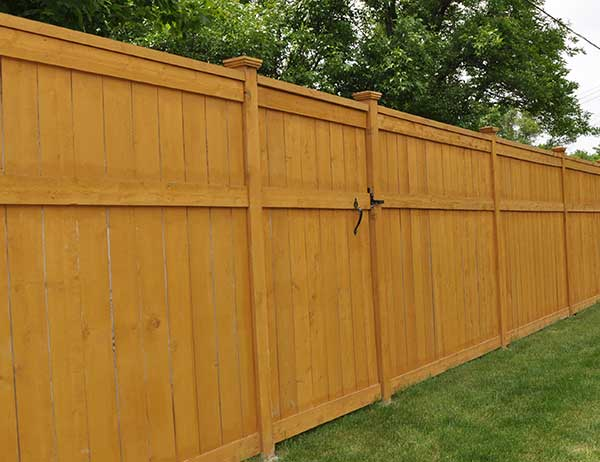 Step by Step Wood Privacy Fence Installation Guide