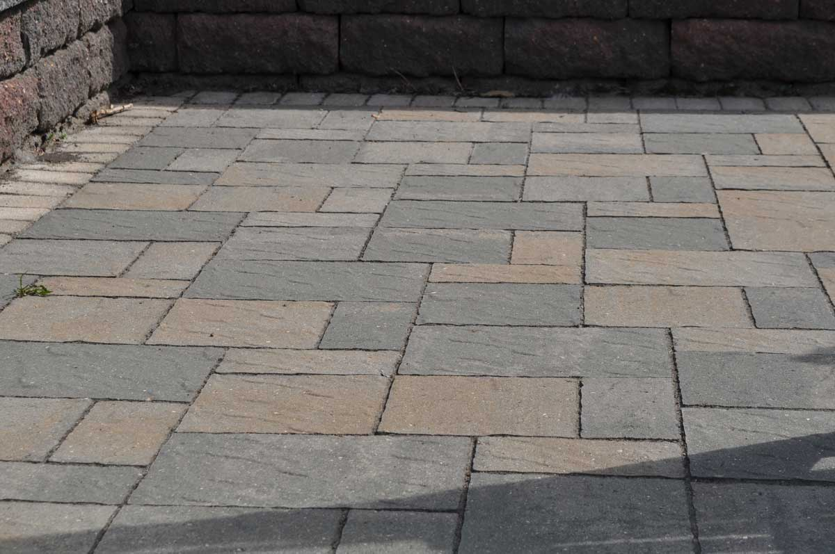 Hardscape Best Backyard Hardscape Designs Large And Beautiful 603e93b8502073f7 likewise Trex Transcend together with Elements Seat Bench Plate Ends as well Gallery as well Wonderful Diy Amazing Pallet Furniture. on fence fire pit