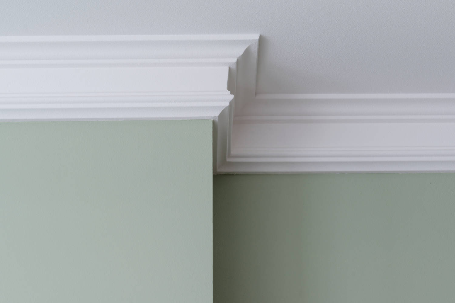 newly installed crown molding surrounding the perimeter of a room