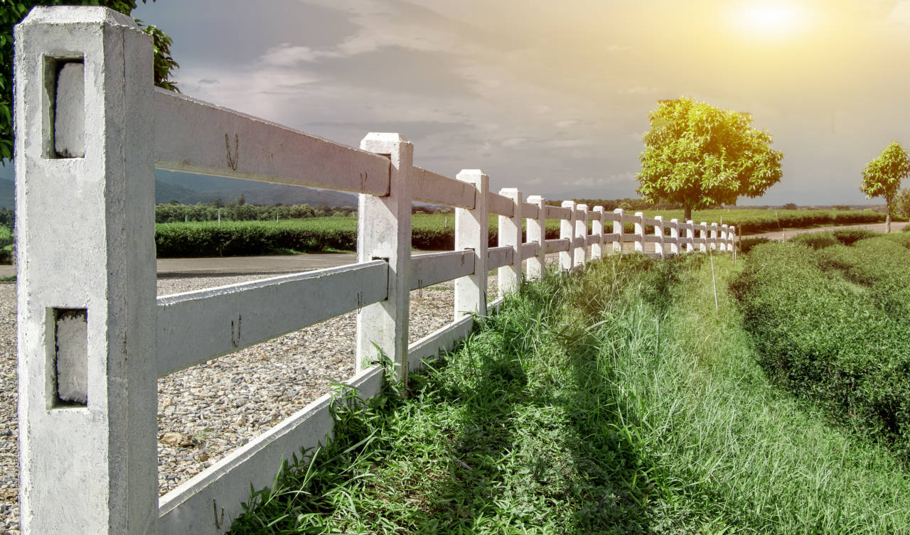 Estate fences add beauty to your property