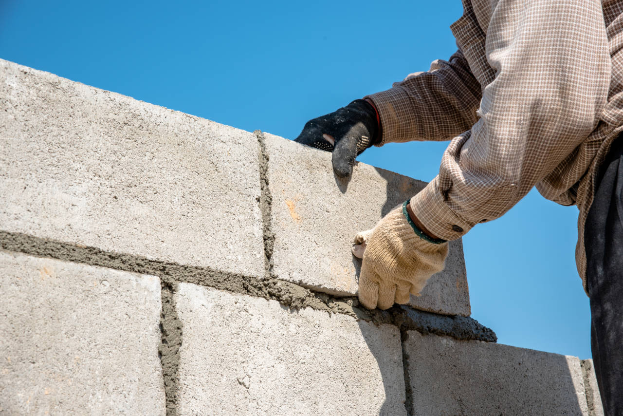 how much does a concrete block wall cost in 2018 inch