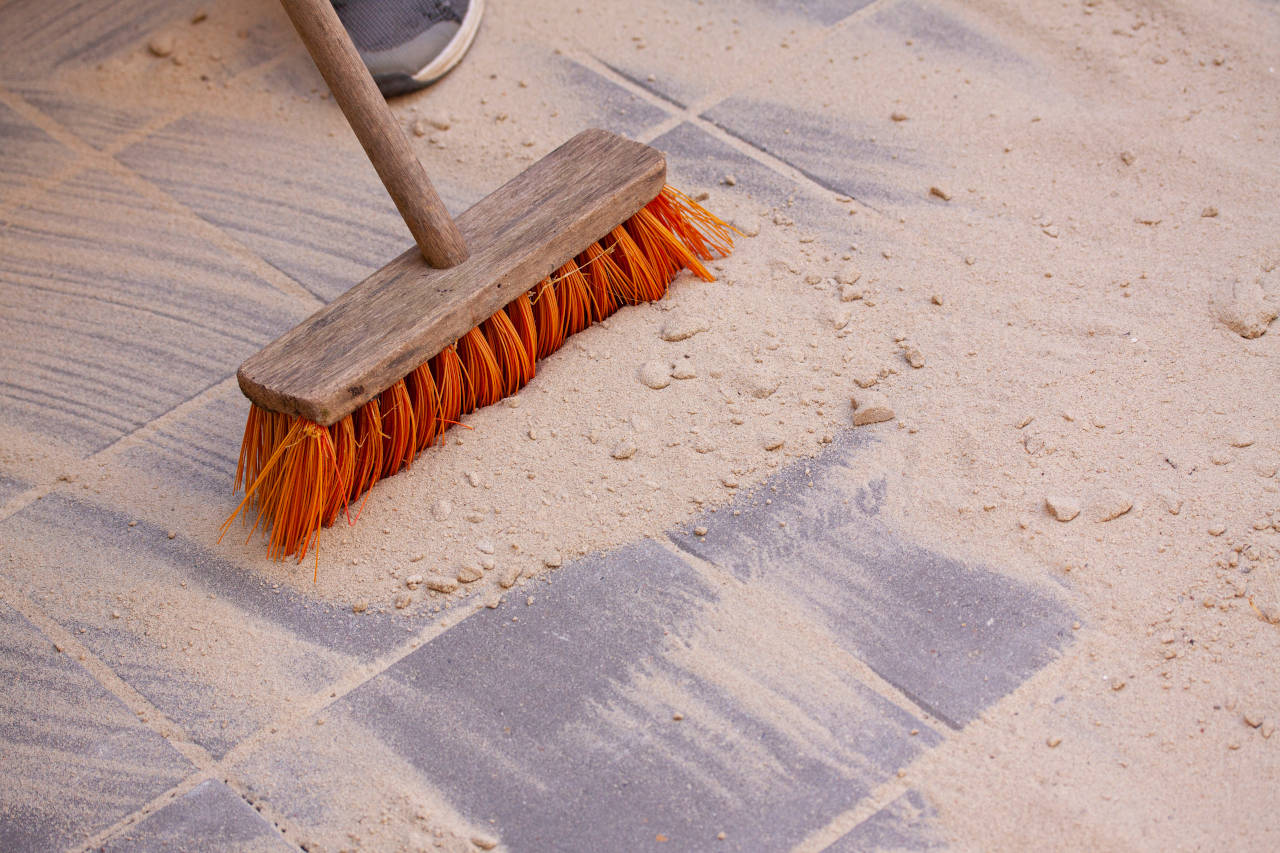 Polymeric Sand Calculator – Find How Much Jointing Sand is Needed for your Pavers
