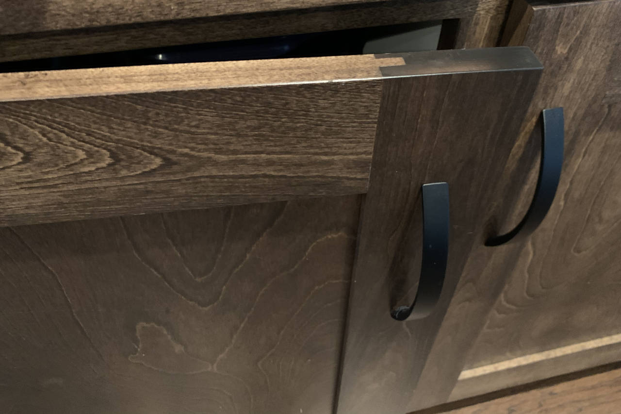5-piece cabinet door highlighting the user of a groove and tenon to assemble a door